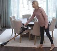 A Daily, but Not Daunting, Weekly Routine for Winter Cleaning
