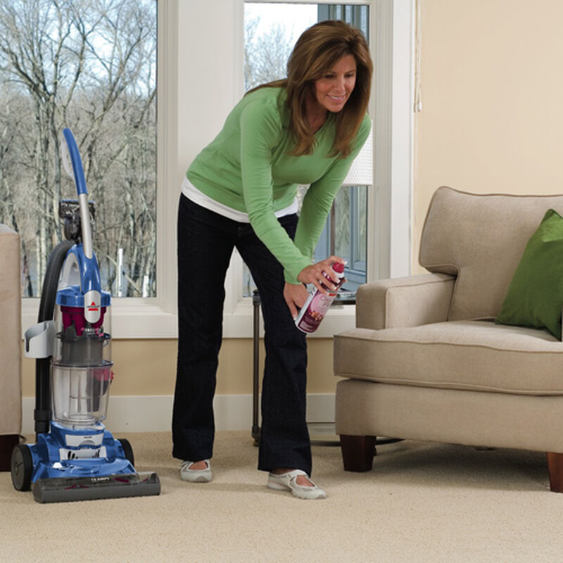Trilogy Bagless Pet Vacuum 81m91 stain removal