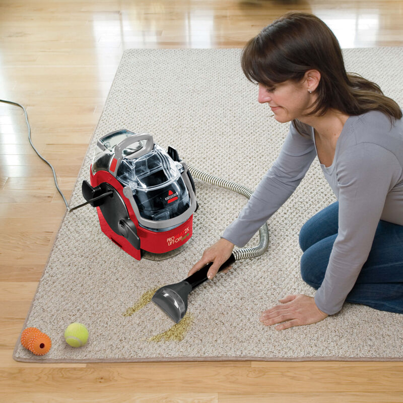 BISSELL ProHeat 2X® Lift-Off® Pet Upright Carpet Cleaner 1565T Spot Cleaning