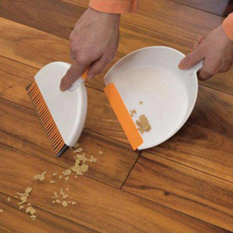 Mini dustpan and hand broom set 1745 rubber bristles