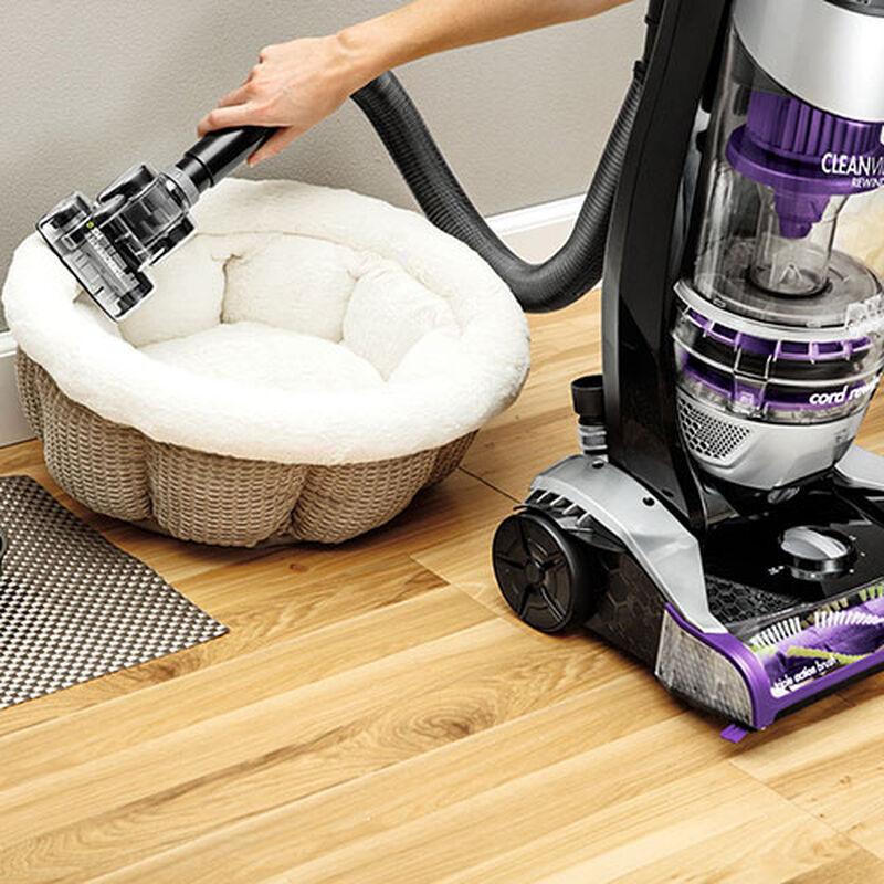 CleanView Pet Rewind 1820 BISSELL Vacuum Cleaner Pet Bed