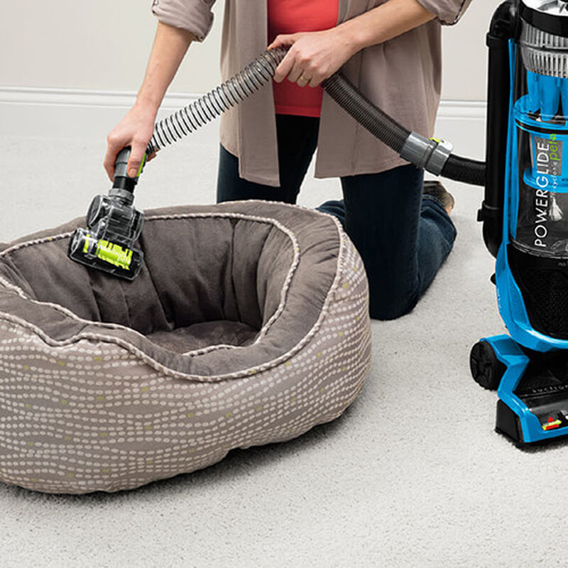 PowerGlide_Pet_1647_BISSELL_Vacuum_Cleaners_Pet_Bed