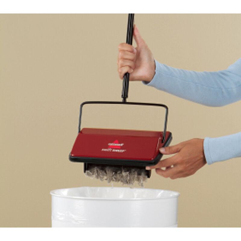 Swift Sweep Carpet Sweeper 2201B emptying