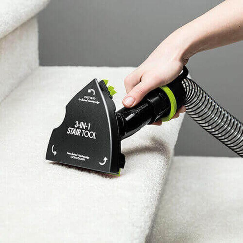 Pet_Hair_Eraser_Turbo_Pro_22814_BISSELL_Vacuum_Cleaner_Stair1