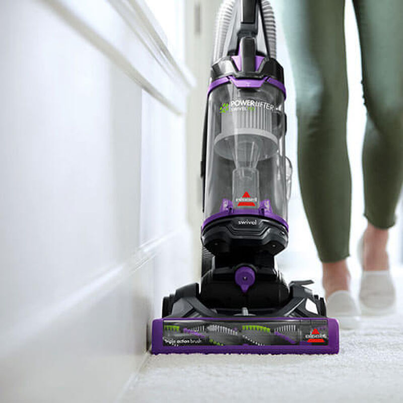 Powerlifter_Swivel_Pet_2260_BISSELL_Vacuum_Cleaners_Edge_Cleaning