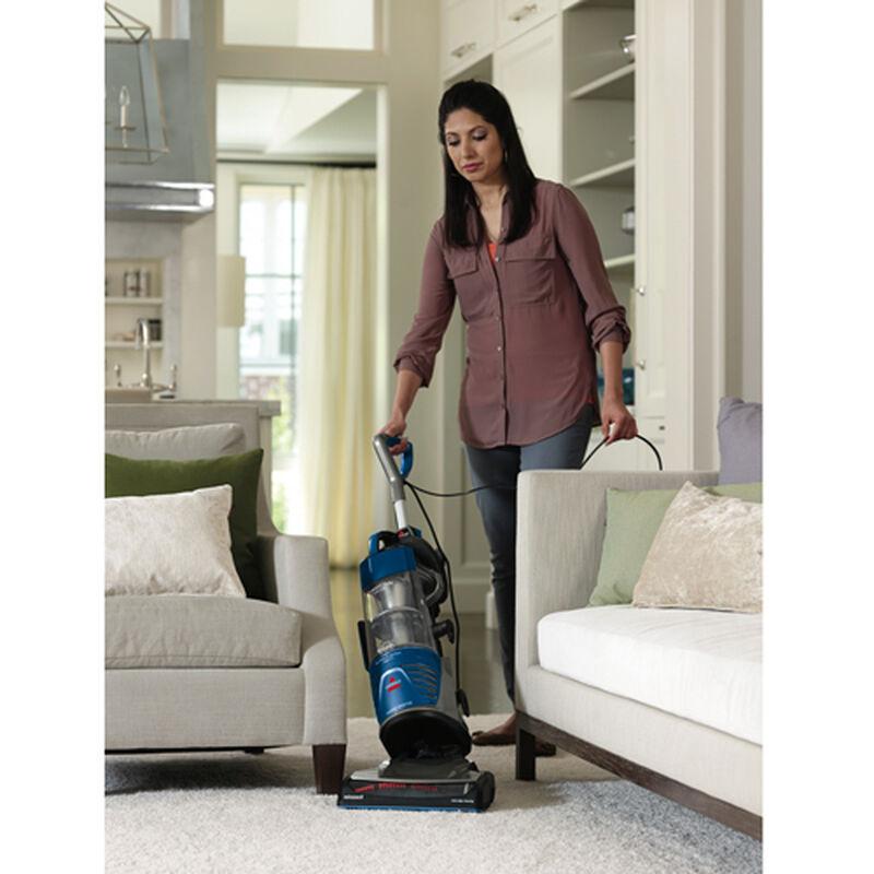 Powerglide LiftOff Vacuum 9182W vacuuming
