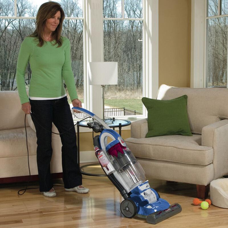 Trilogy Bagless Pet Vacuum 81m91 bare floor