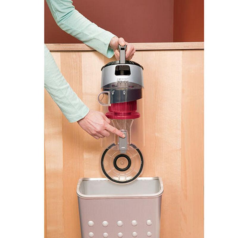CleanView Plus Rewind Vacuum 1332 Dirt Tank Emptying