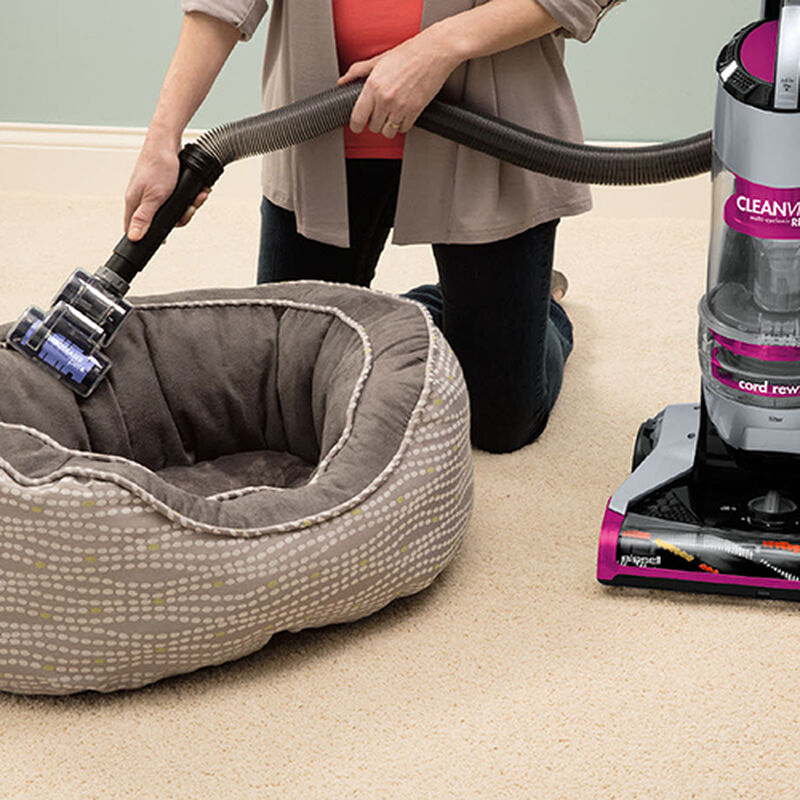 Cleanview Plus Rewind 13321 BISSELL Vacuum Cleaners Pet Bed