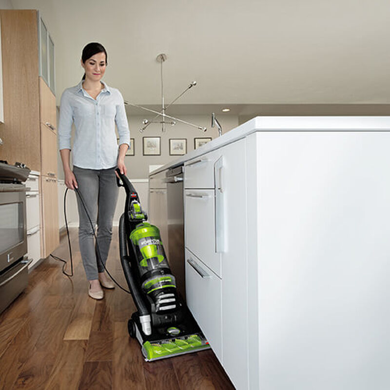 Momentum Rewind Pet 1792P BISSELL Vacuum Cleaners Kitchen Baseboard