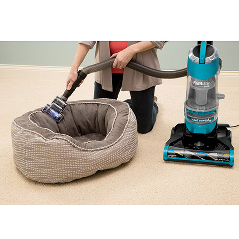 Powerlifter Rewind Vacuum 1413 pet bed cleaning