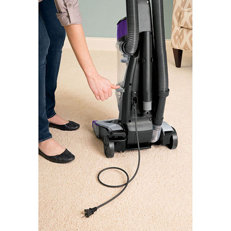 CleanView Rewind Deluxe Pet Vacuum 14522 Automatic Cord Rewind