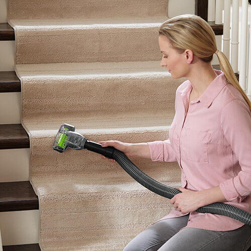 PowerClean_Swivel_Rewind_Pet_2256K_BISSELL_Vacuum_Cleaners_Stairs