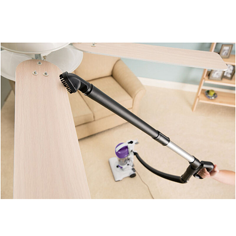 AeroSwift Compact  Vacuum 1009 Extension Wand Use