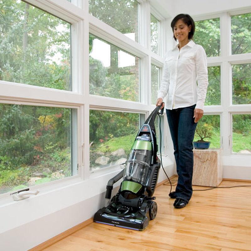 Total Floors Pet Vacuum 61C5W edge suction