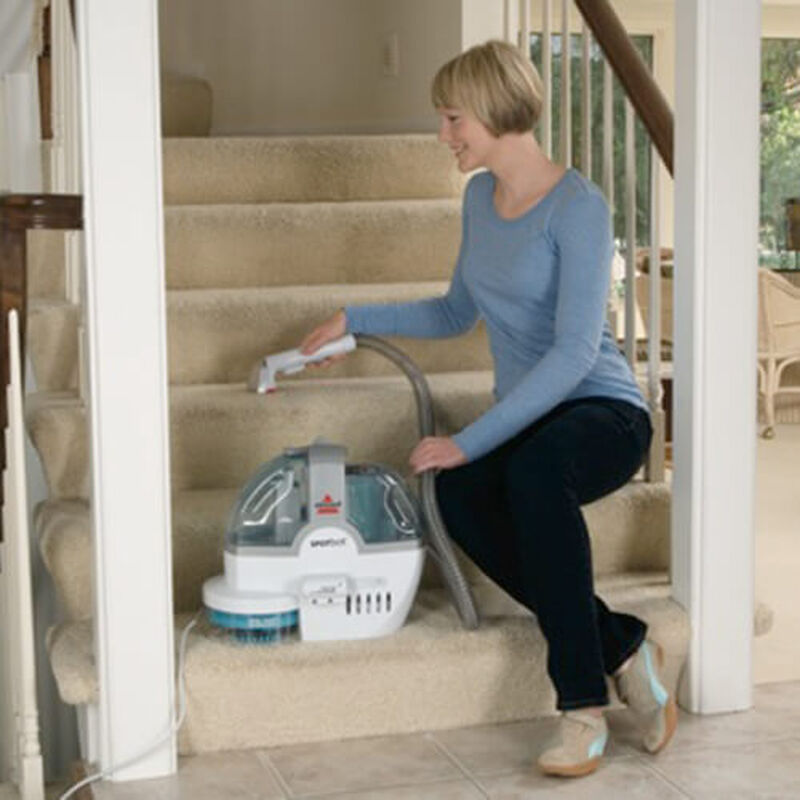 SpotBot_Portable_Carpet_Cleaner_78R5_stairs
