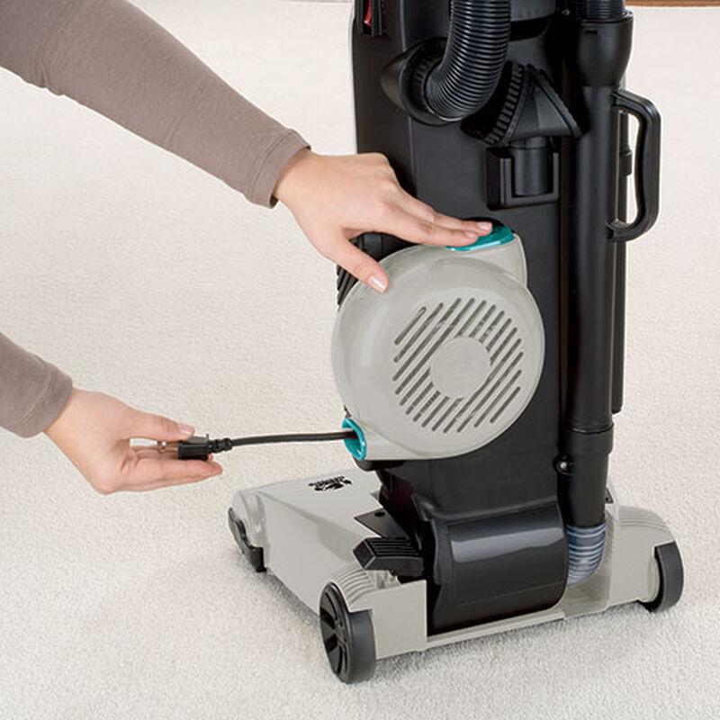 Rewind SmartClean Bagless Vacuum 26T5 cord rewind